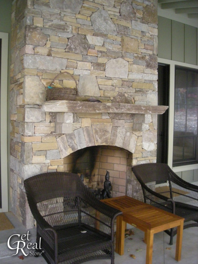 Pigeon Forge Splitface Ledge with Mosaic Accents